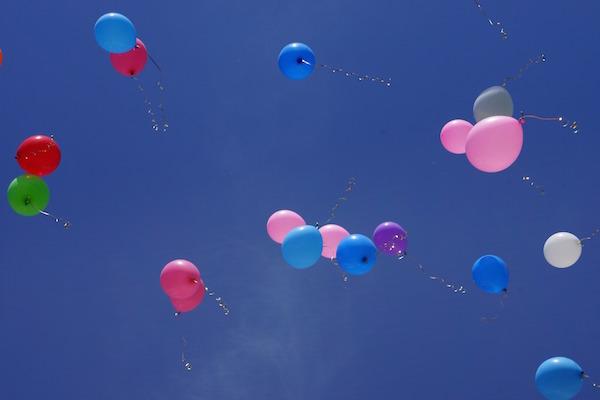 balloons-sky-geers
